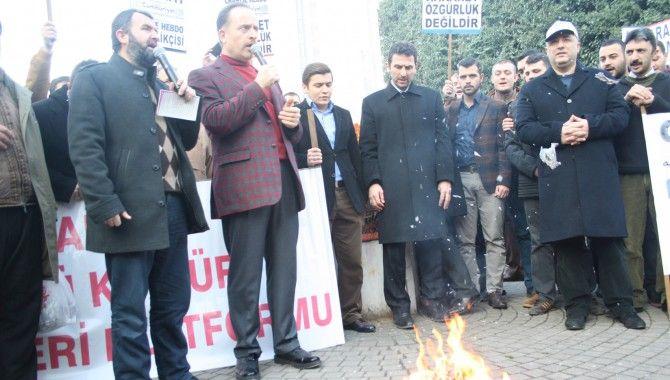 Cumhuriyet Gazetesi yaktılar