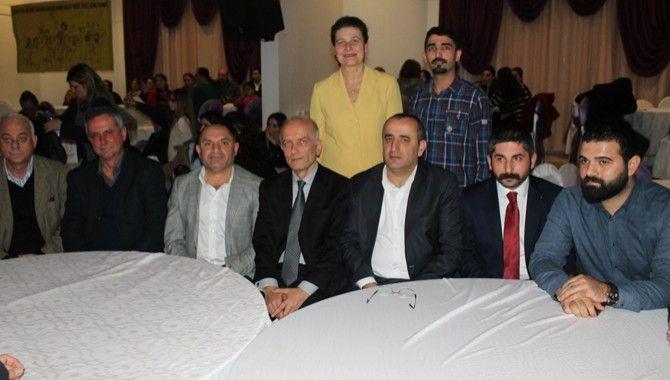 CHP Derince'de konser öncesi iktidar eleştirisi