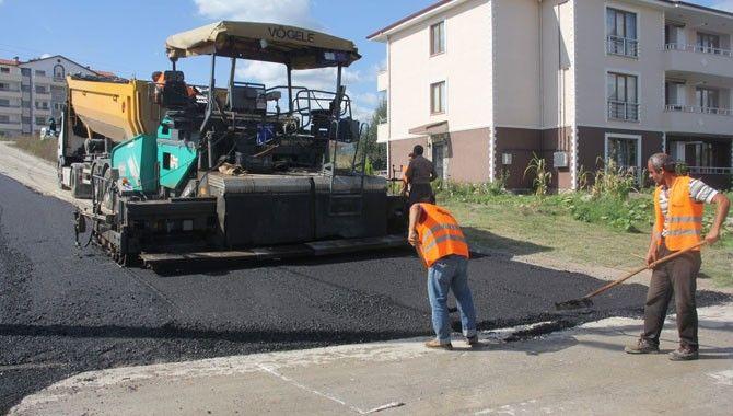 Gölcük'te asfalt çalışmaları hız kazandı