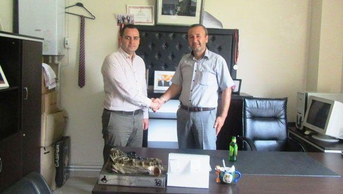 Büyükşehir'den muhtarlara ofis takımı
