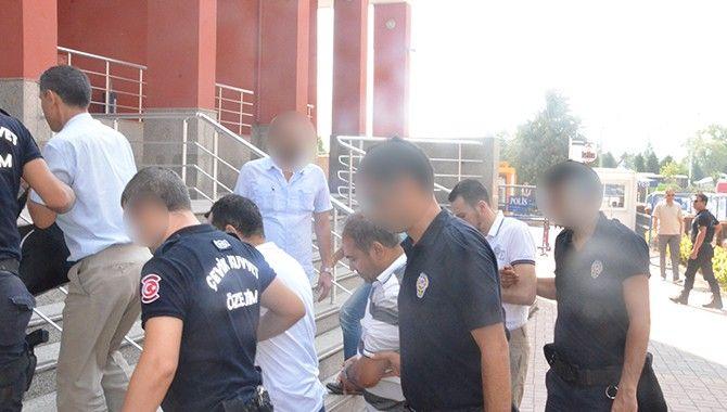 FETÖ/PDY soruşturmasında 13 zanlı daha adliyeye çıkarıldı