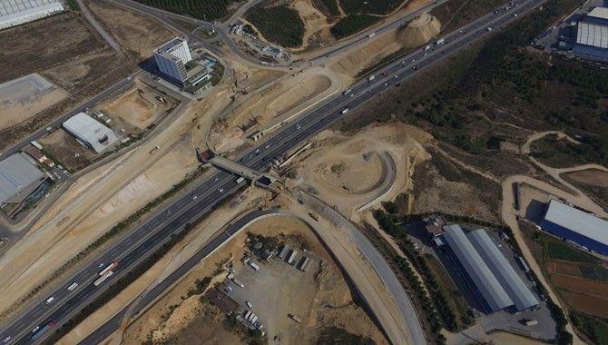 Çayırova OSB Köprülü Kavşağı'nda imalatlar sürüyor