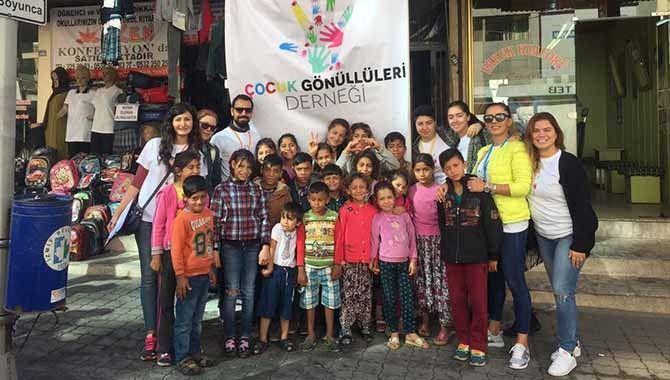 Çocuk Gönüllüleri öğrencileri sevindirdi