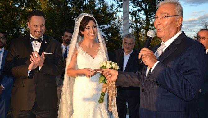 Küçükkaya böyle evlendi…