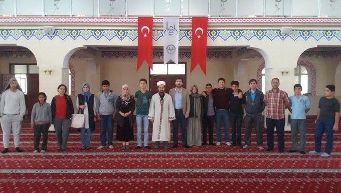 Beyaz Kalpler, Camiler Haftası'nı kutladı