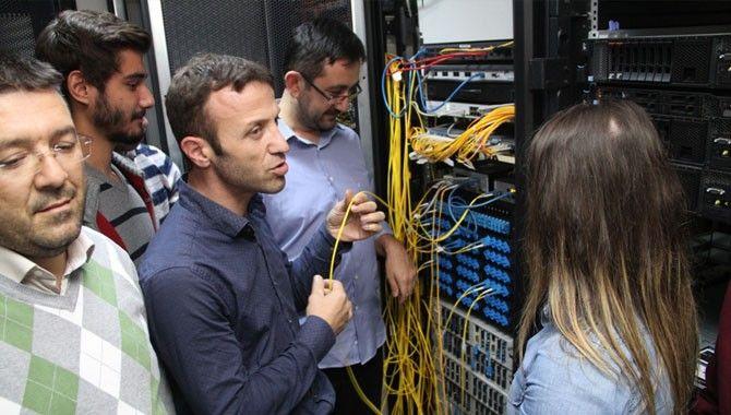 Geleceğin bilişim mühendislerine fiber optik eğitimi