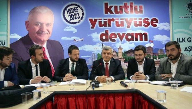 'Siyaset halkın kılcal damarlarında yapılır'