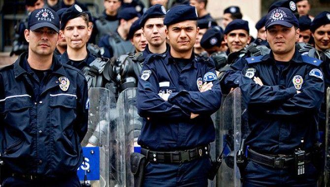 Türk polisi Twitter'da dünya sıralamasına girdi