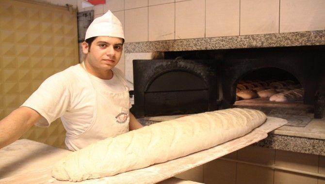 20 kiloluk balina ekmek!