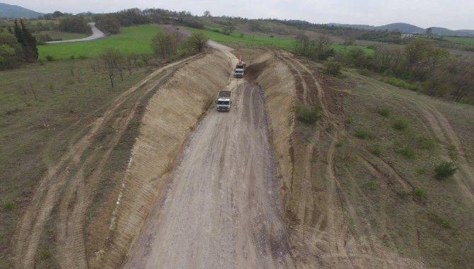 Akçat Mahallesi'nin yeni yolu yapılıyor