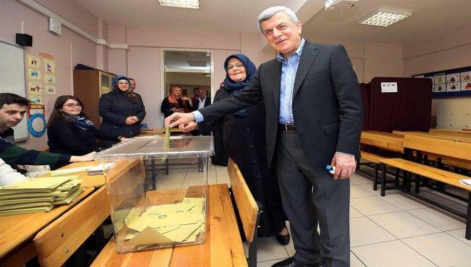 Belediye Başkanları oylarını böyle kullandı…