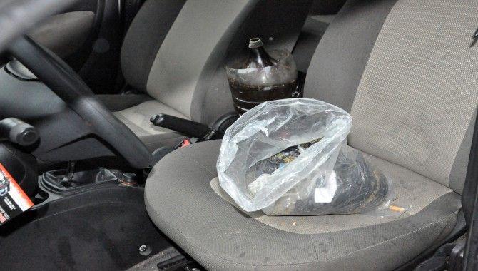 Otomobile uyuşturucu baskını: 7 gözaltı