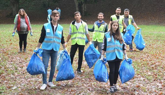 Dünya temizlik günü'nde çöp topladılar