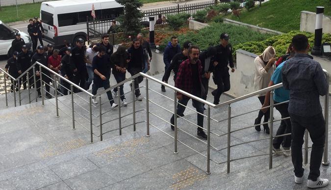 Kamyon hırsızları cezaevine gönderildi!