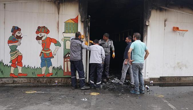 Yangın çıkan okula belediyeden müdahale
