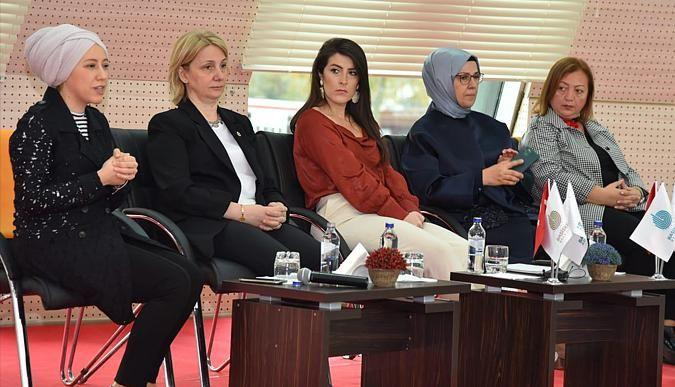 Başiskele'de kadına şiddet konuşuldu