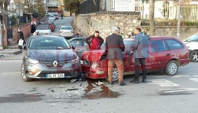 Otobüsü solladı, kaza yaptı!