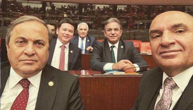 Tahsin Tarhan Meclis'te yoğun günler geçiriyor