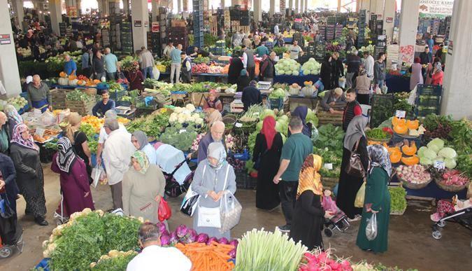 Pazarda en ucuz ürün yeşillikler