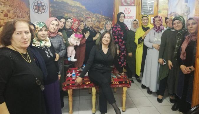 Mardinliler'den kitap okuma kampanyası