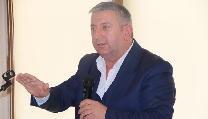 Marika Mehmet Top istifa etti