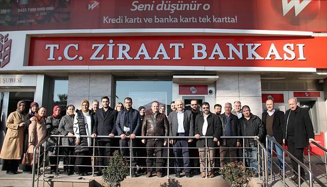 AK Parti Derince'den deprem bölgesine yardım