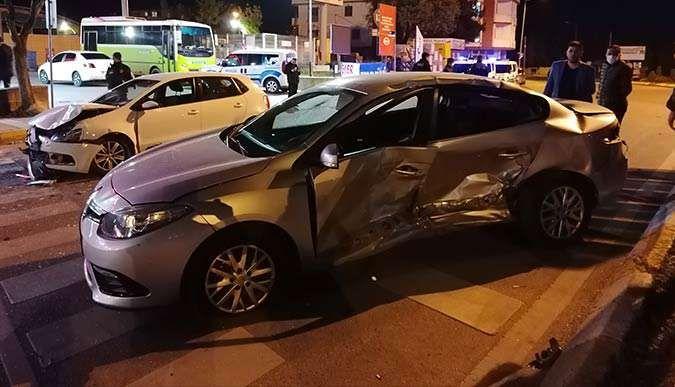 Benzinlikten çıkan araçla çarpıştı: 4 yaralı