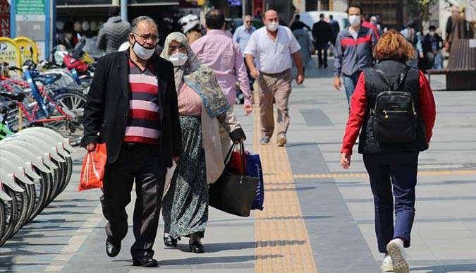 Güneşi gören vatandaş sokaklara akın etti