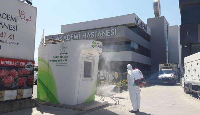 Başiskele'deki sağlık merkezleri dezenfekte ediliyor