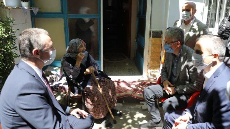112 yaşındaki Güllü Nineyi unutmadılar