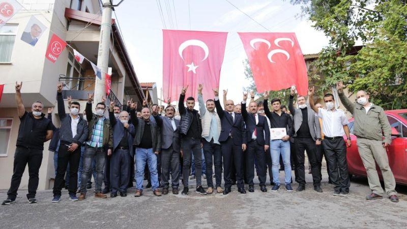 MHP'ye 12 yeni üye