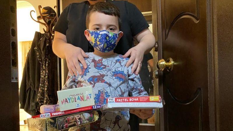 Pandemide evden çıkamayan çocukları mutlu ettiler