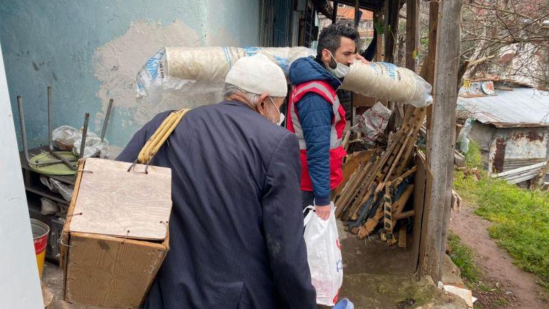 İzmit Belediyesinden Gögerçin Ailesi'ne yardım eli