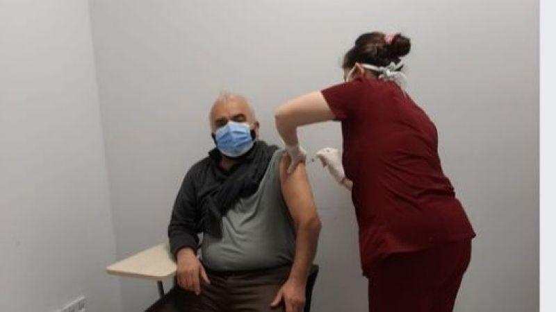 Orhan Dönmez de aşı oldu