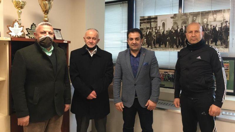 Taekwondoculardan İzmit Belediyesi'ne destek teşekkürü