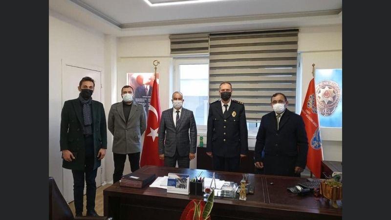 MHP İzmit polisleri unutmadı