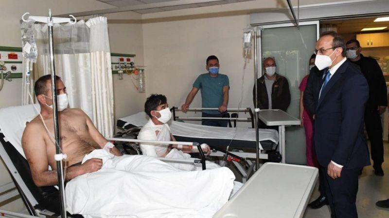Vali Yavuz, yaralanan işçileri ziyaret etti