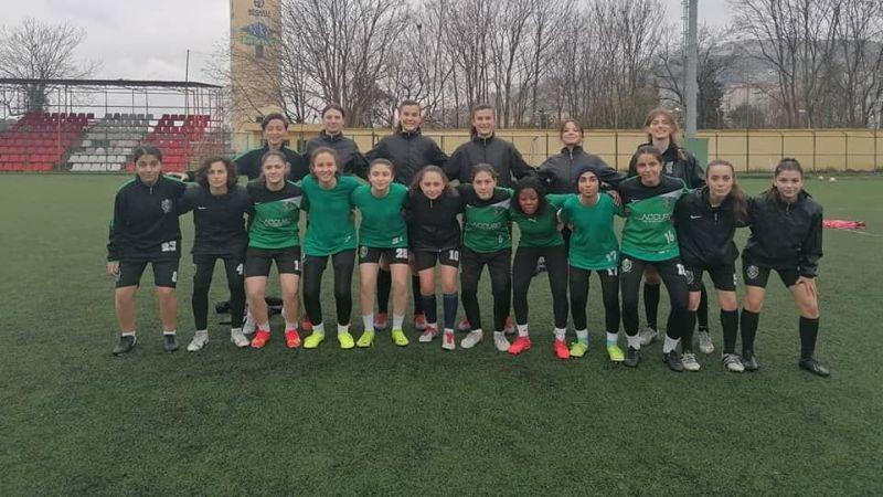 Kızlar mağlubiyetle başladı 2-1