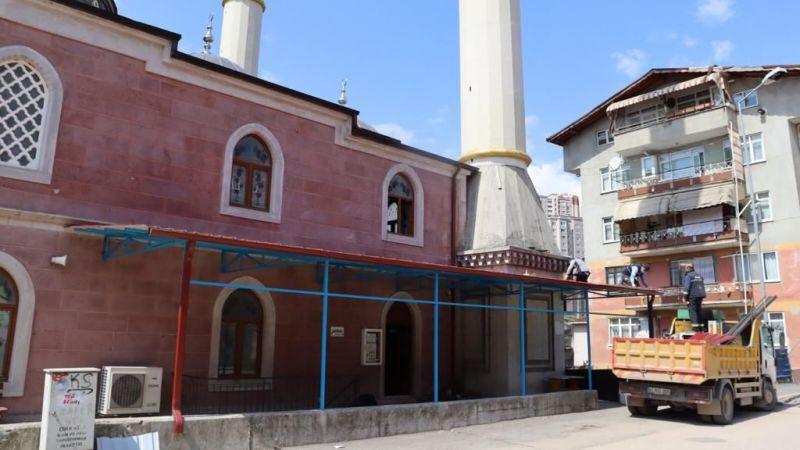 Başaran Camii cemaati açık havada da ibadet edebilecek