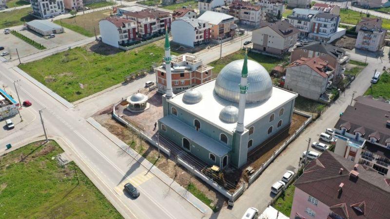 17 Ağustos Camisinde çevre düzenlemesi