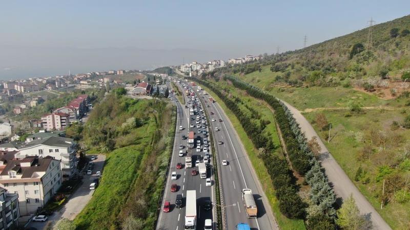 Kapanma'dan önce trafik oluştu