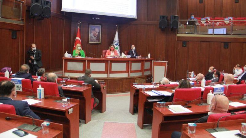 İzmit Meclisi ertelendi