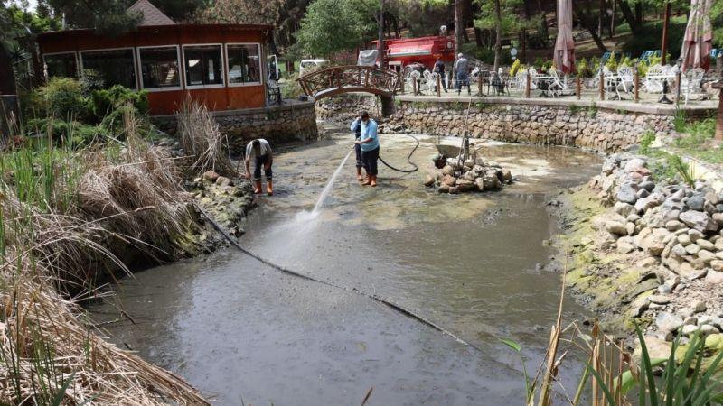 İzmit Belediyesi Ekopark'ı temizledi
