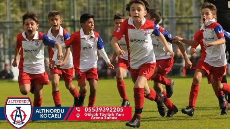 Gölcük Altınordu futbol okulu açılıyor