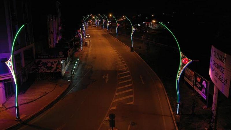Dilovası sokaklarına dekoratif aydınlatma