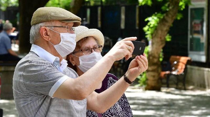 İki doz aşı olan 65 yaş ve üzeri vatandaşlar muaf olacak
