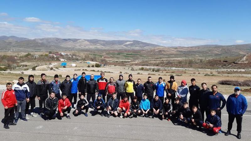 İzmit Belediyesporlu Burçin Erdinç milli takım kampına katıldı