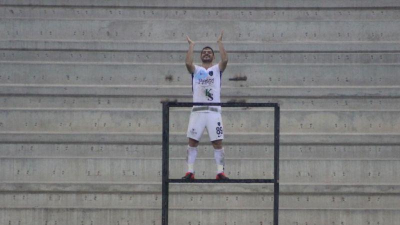 Mesut Özdemir kuleye çıktı