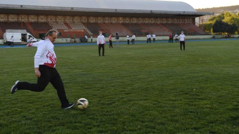 Vali Yavuz, futbol hünerlerini konuşturdu