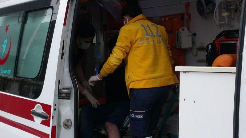 Ticari araçla çarpışan kurye yaralandı